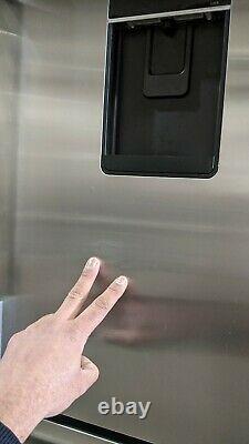 Fisher & Paykel American Fridge Freezer RF540ADUX4 900mm French Doors #55