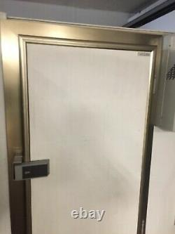 Chambre Froide Marcher Dans Le Réfrigérateur Cold Store Freezer Room Door And Frame Seulement Restauration