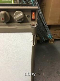 Electrolux Rm4271 Caravan Motorhome 3 Voies Réfrigérateur Avec Congélateur Pleine Largeur