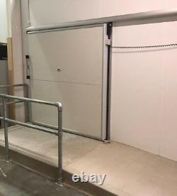 Nouvelle Porte Coulissante Freezer Cold Room, 2000mm X 2000mm (h)